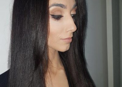 winged liner makeup up